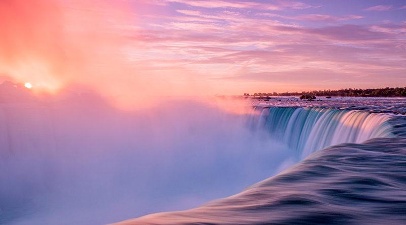 Linda Kent for Horseshoe Falls Niagara at sunrise